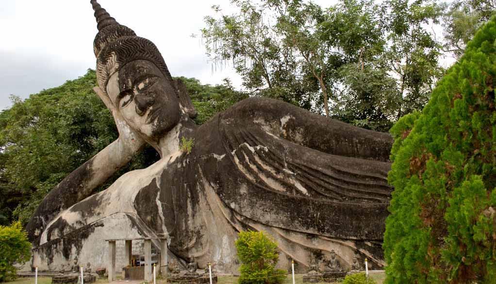 Laos Reisen - Buddha Park Vientiane