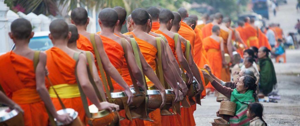 Laos Reisen - Luang Prabang Mönche